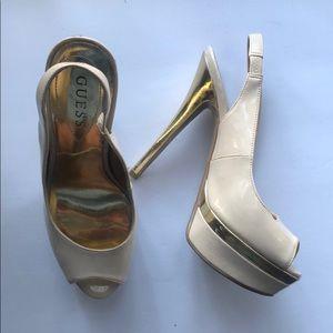 Guess gold heels / US 6